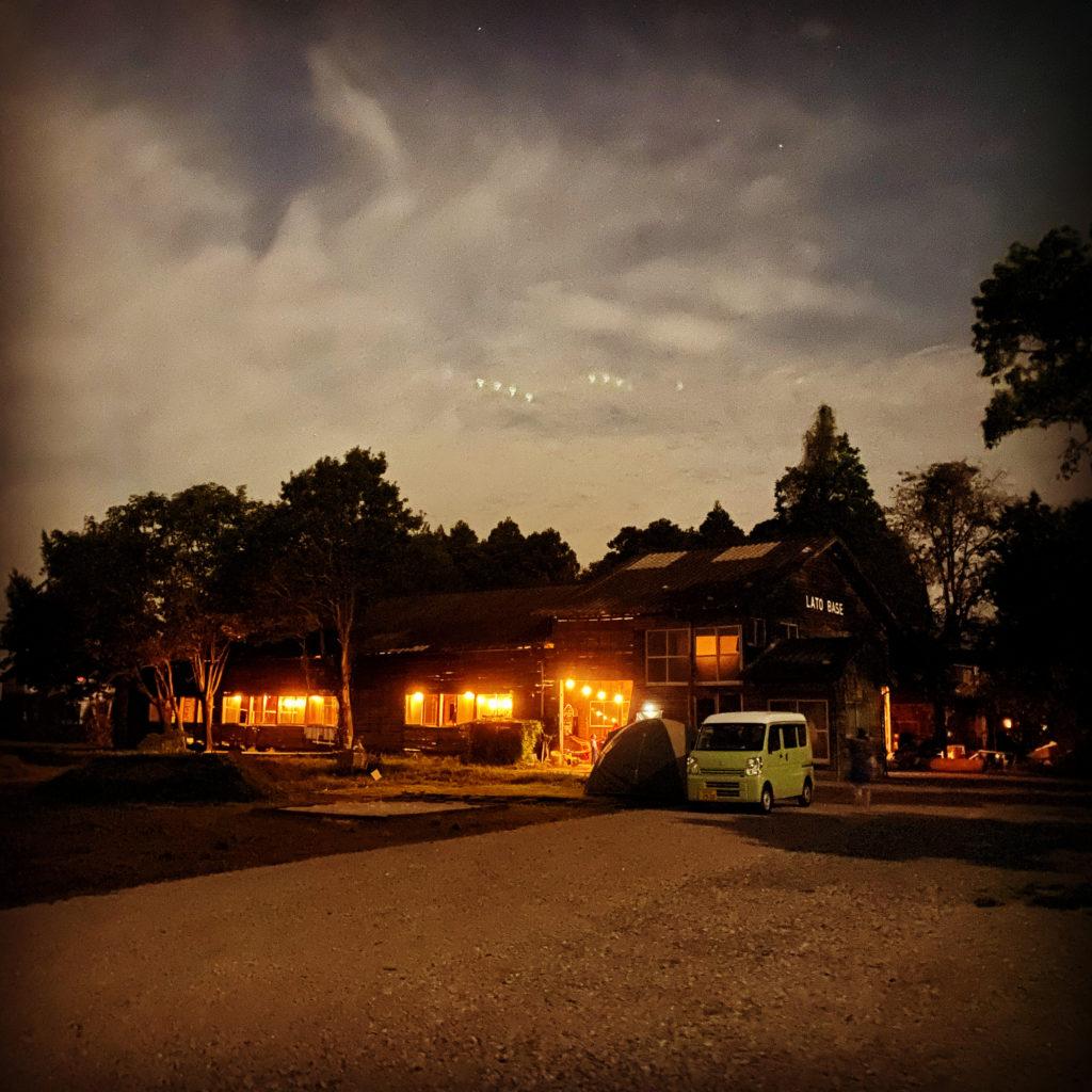 LATO BASE夜景