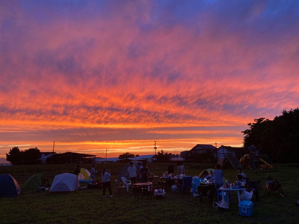 キャンプ場から見た夕日